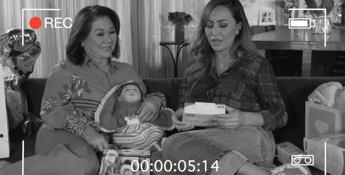 Aprendendo a ser mãe com a minha mãe | D. Kika e Sabrina Sato